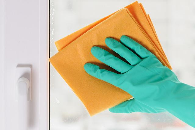 Como a Limpeza Especializada evita os riscos de contaminação em Ambientes Hospitalares e Centros de Pesquisa