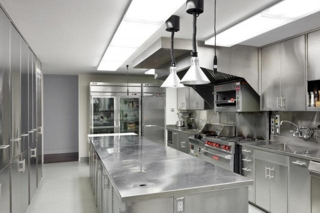 6 Quesitos Essenciais na Limpeza de Coifas e Cozinhas Industriais