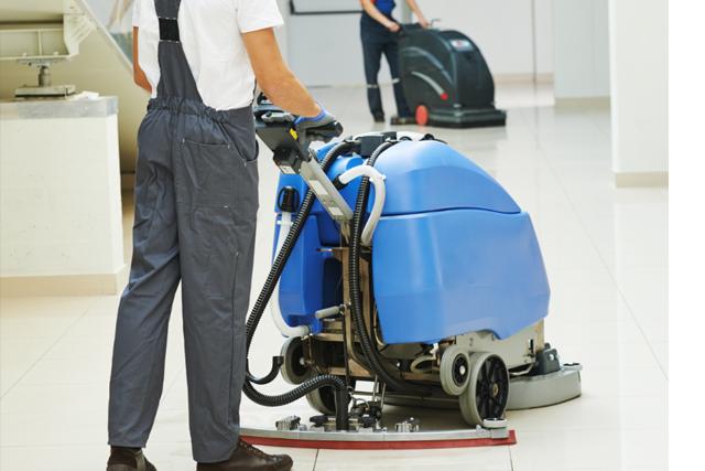 Shoppings e supermercados – regras gerais de como efetuar um bom serviço de limpeza durante o horário de funcionamento
