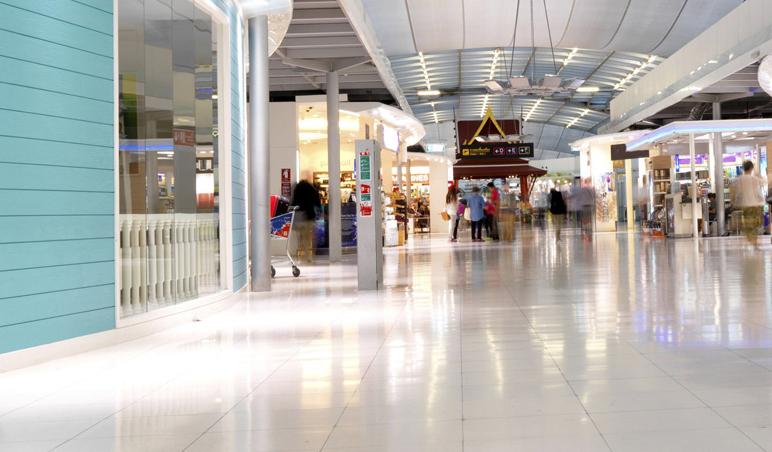 Shoppings: 4 benefícios proporcionados pela terceirização de limpeza