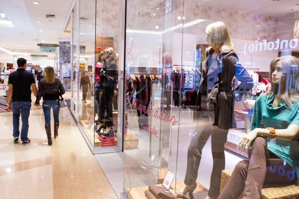 Limpeza de vitrine: responsabilidade do shopping ou do lojista?